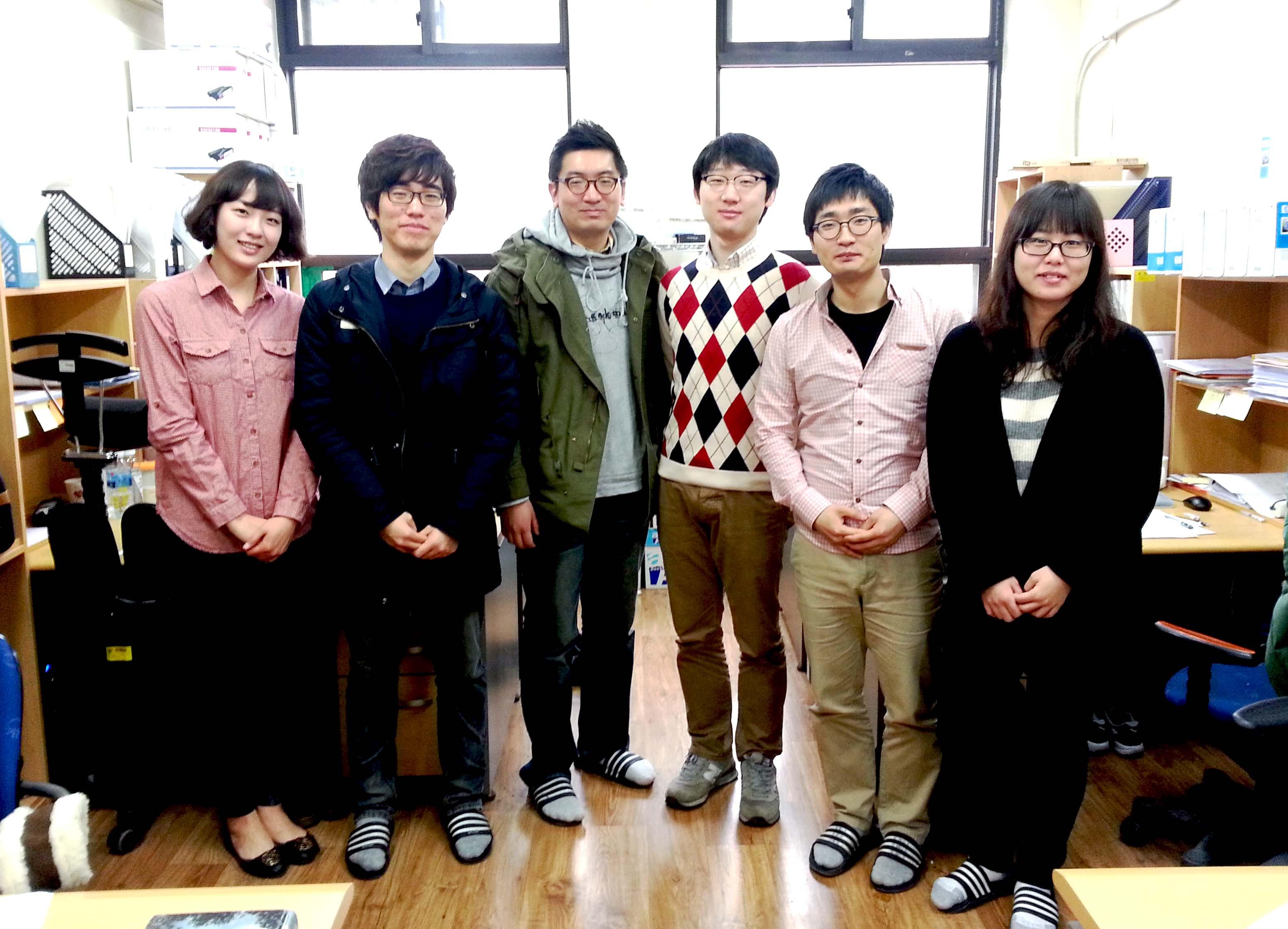 Lab members.jpg